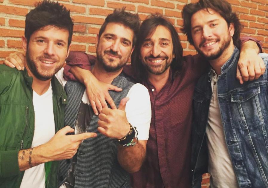 Carmona con Con Orozco, Pablo López y Manu Carrasco