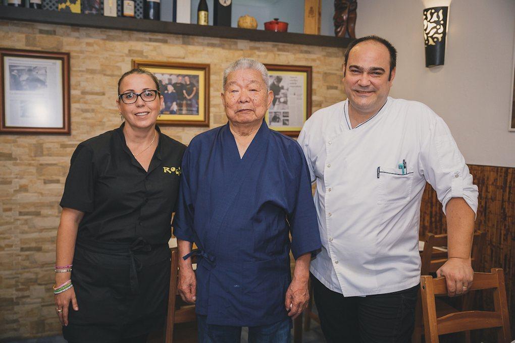 Masao Kikuchi, Juan y María José.