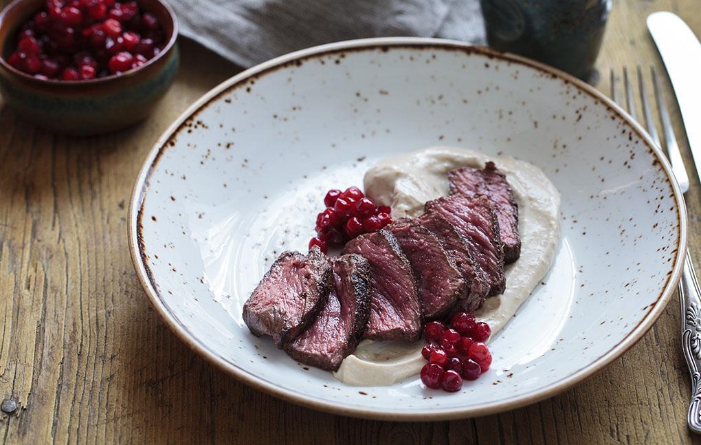 Crema de castañas con carne de venado. Foto: shutterstock