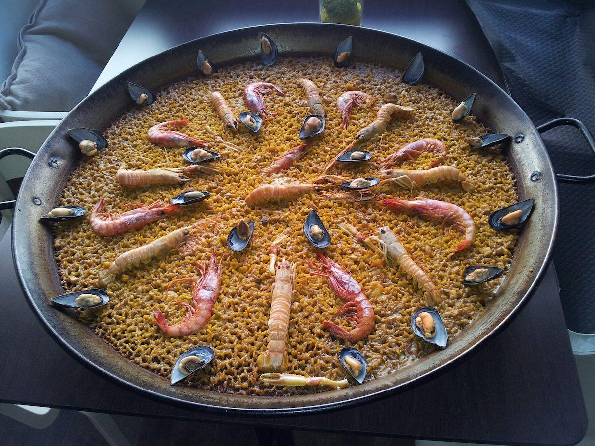 Una paella en el restaurante El Trinquet. Foto: Facebook