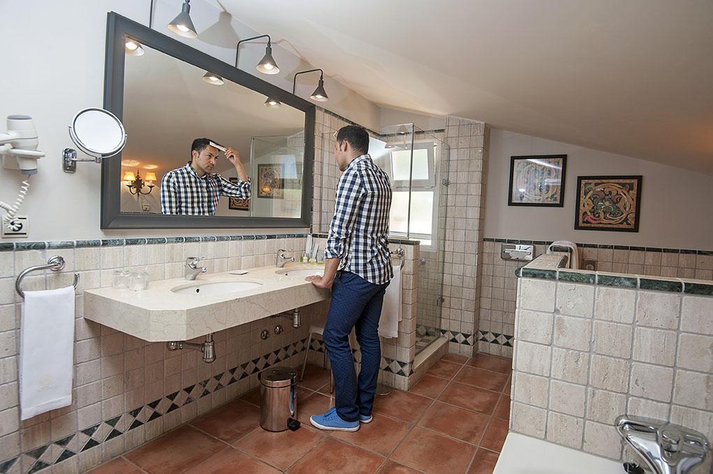 Hotel El Rodat (Jávea) - baño - Foto: Rafa Molina