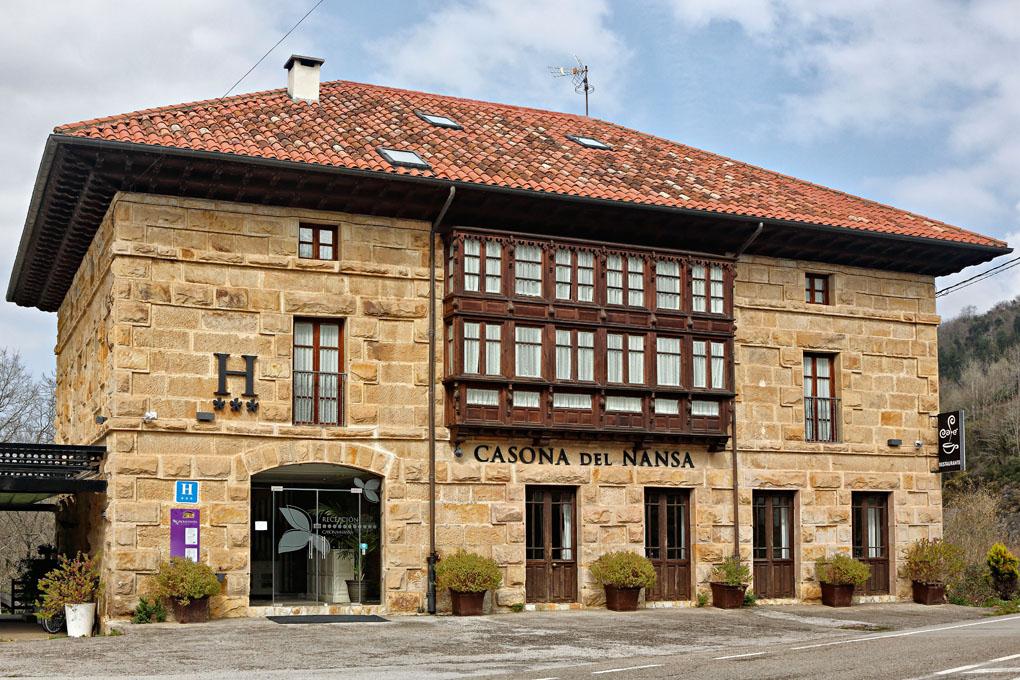 Casona del Nansa, fachada