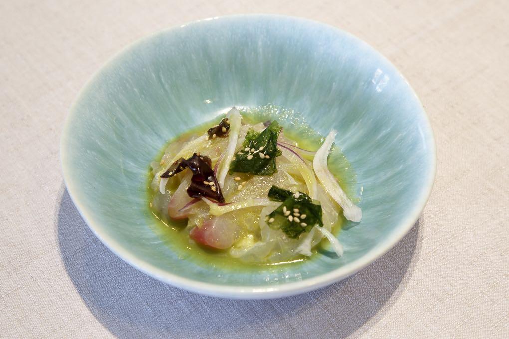 Ceviche de hurta y algas del restaurante Rice. Foto: Pepe Olivares