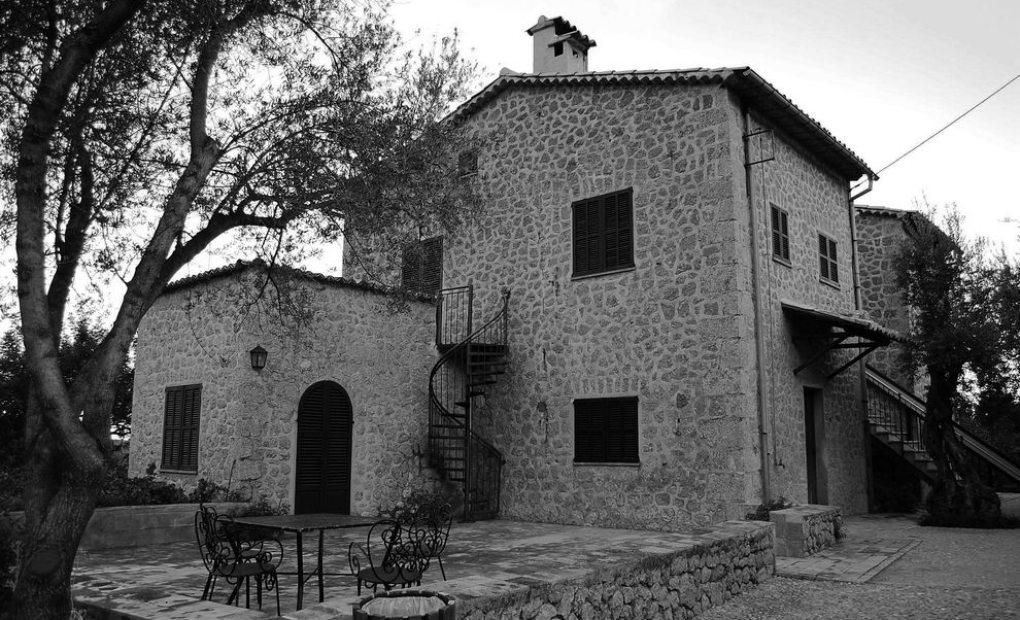 Aquí vivió Robert Graves, Vuelta al Mundo por Palama de Mallorca en Guía Repsol