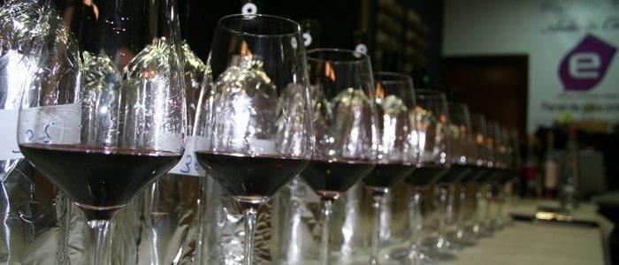 En una cata de vinos se recomienda catar un máximo de ocho variedades