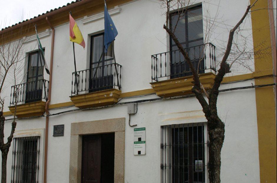 Antigua casa de mario roso de luna en logros n guia repsol for Oficina comarcal agraria