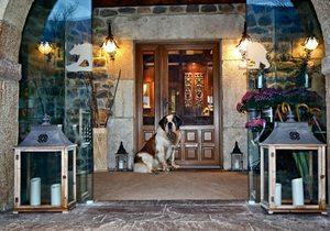 Hotel del Oso, Cantabria. San Bernardo. Fotos: Roberto Ranero