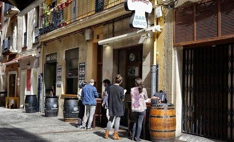 Soriano, exterio, ambiente, día. Calle Laurel. Logroño. Foto roberto Ranero