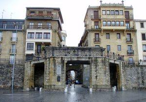 Entrada al Casco Viejo de Donostia - San Sebastián / Flickr Daniel Lobo