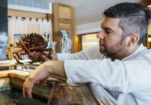 Retrato Ever Cubilla, mirando al cangrejo. Foto: César Cid