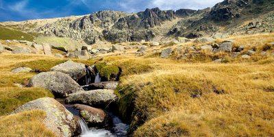 Nacimiento del río Cuerpo de Hombre, en la Sierra de Béjar