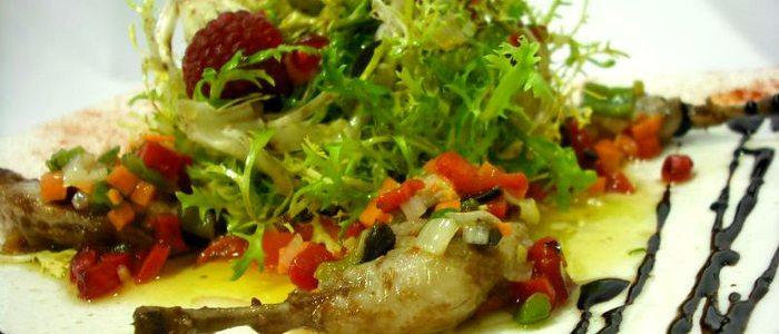 Ensalada de escarola friseè, restaurante Saboya