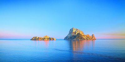 Vistas del islote desde el mar