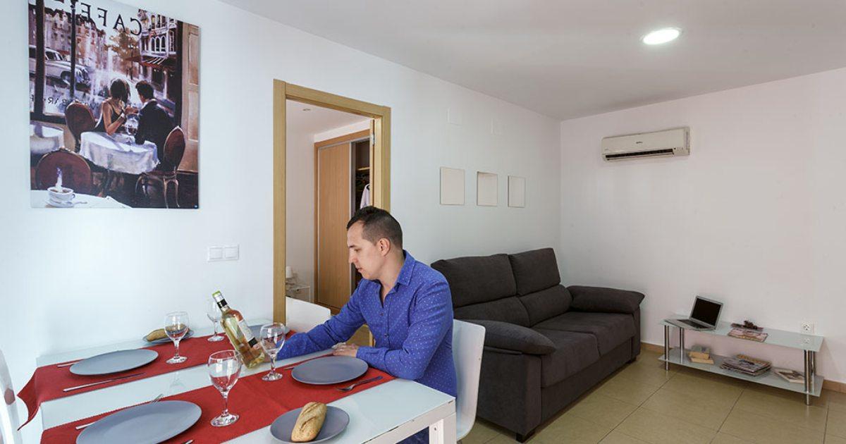 Apartamentos en alicante santa b rbara gu a repsol for Sala 8 y medio alicante