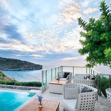 Jumeirah Port Soller Hotel & Spa - Infinity Pool Bar terrace