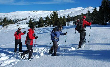Actividades alternativas al esquí en las estaciones de nieve | Guía Repsol