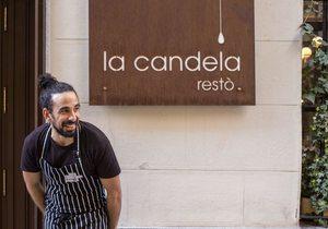 Apertura_Samy Alí en la puerta del restaurante. Foto: Alfredo Cáliz