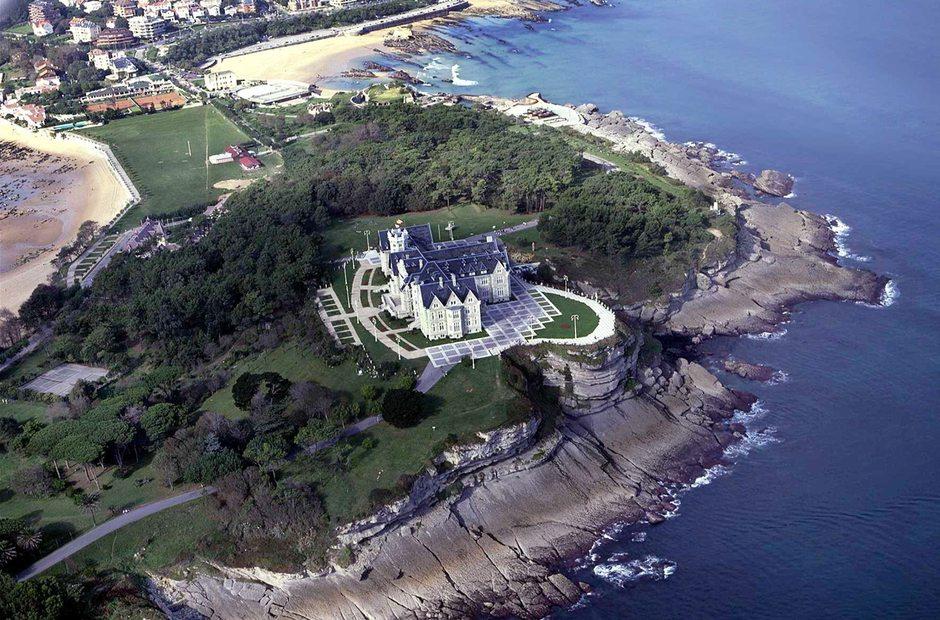 Palacio de la magdalena de santander en santander guia for Villas la magdalena 4