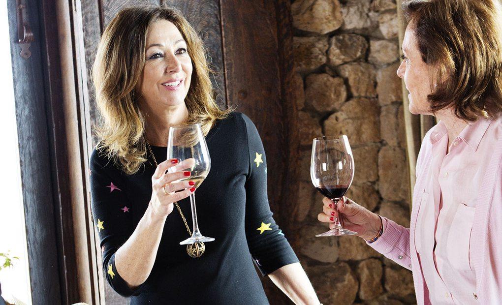 En ruta con Ana Rosa Quintana: sus lugares, restaurantes y hoteles favoritos   Guía Repsol