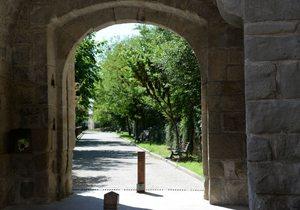 Una de las puertas de entrada de la antigua muralla de Graus