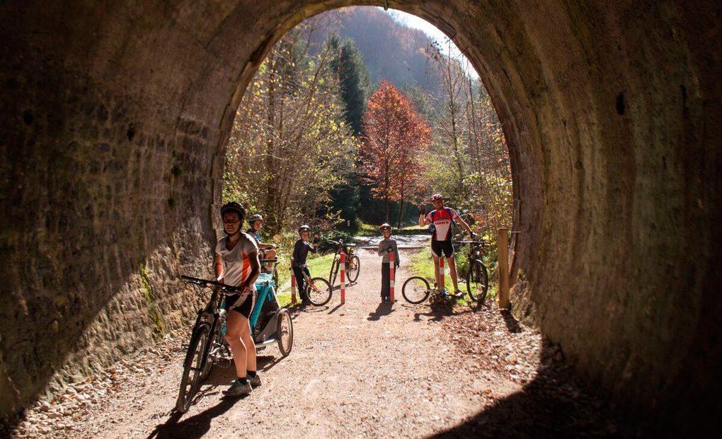 Cinco rutas otoñales por el norte en bicicleta   Guía Repsol