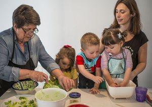 Apertura. Cocinar con niños. Fotos: Alfredo Cáliz