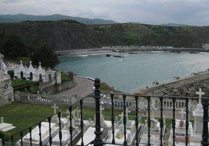 Cementerio de Luarca, Asturias / Flickr de Cayetano