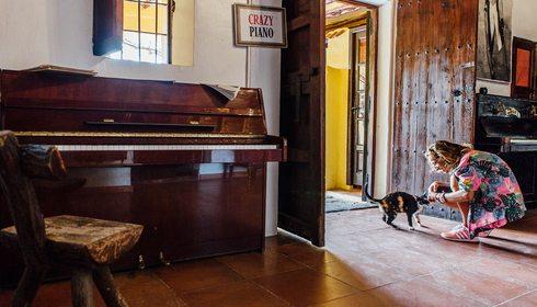 Hotel Pikes, Ibiza. Piano. Foto: César Cid