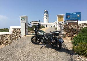 Ruta en moto por Menorca (Baleares) | Guía Repsol