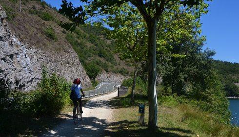 Ruta en bici por el parque provincial de Garaio (Vitoria) | Guía Repsol