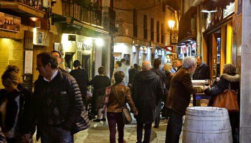 Apertura_Calle Laurel, Logroño, ambiente nocturno. Foto: Roberto Ranero
