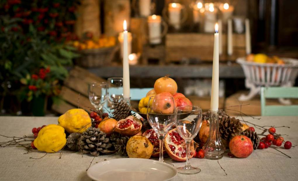 Mesas de navidad decoraci n con frutas y naturaleza - Adornos mesa de navidad ...