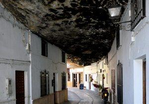 Setenil, Cádiz / Flickr Michael Gaylard