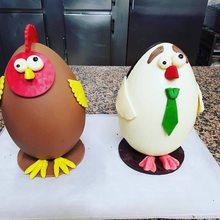 Huevos-gallinas de Pascua de Oiartzun. Foto: Facebook