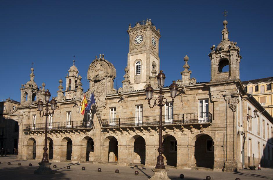 Informacion turistica de lugo lugo guia repsol for Oficina turismo lugo