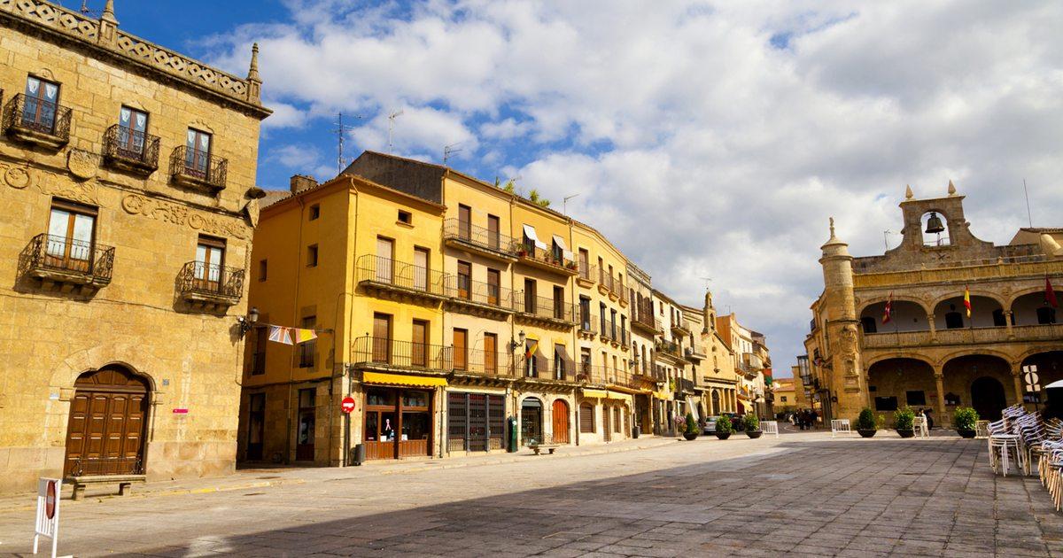 fuera de burdel besando cerca de Salamanca