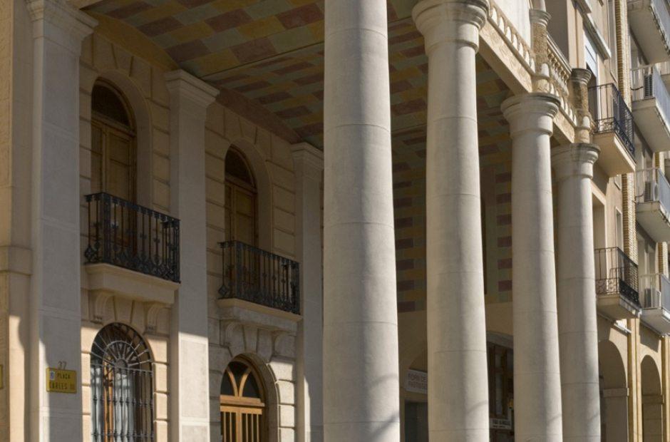 Plaza de Carlos III Y Palacio del Gobernador