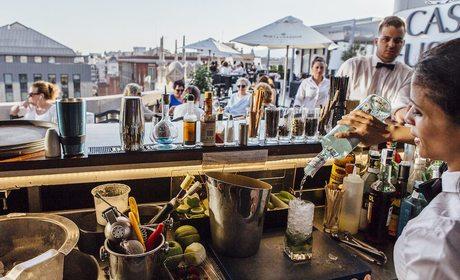 Terrazas de hoteles cinco estrellas en Barcelona | Guía Repsol