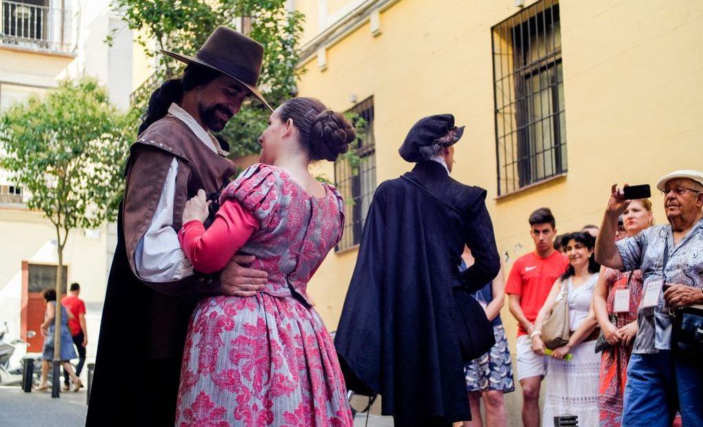 Ruta Literaria. Letras y Espadas. Pareja. Foto: Hugo Palotto