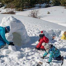 Construir un iglú en Tena Park - Valle de Tena (Huesca) | Guía Repsol