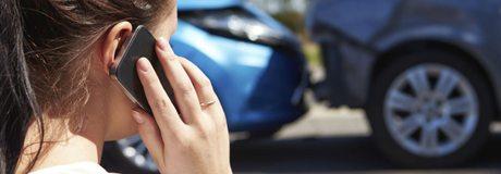 Llamada a emergencias ante un accidente de tráfico