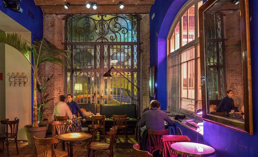 Restaurantes para comer en el paralelo de barcelona paral for Restaurante la campana barcelona